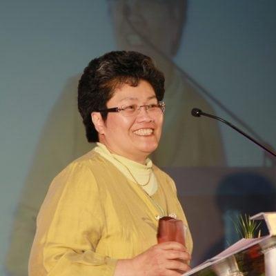 2011 Community Award Winner Dr Sylvia Sham